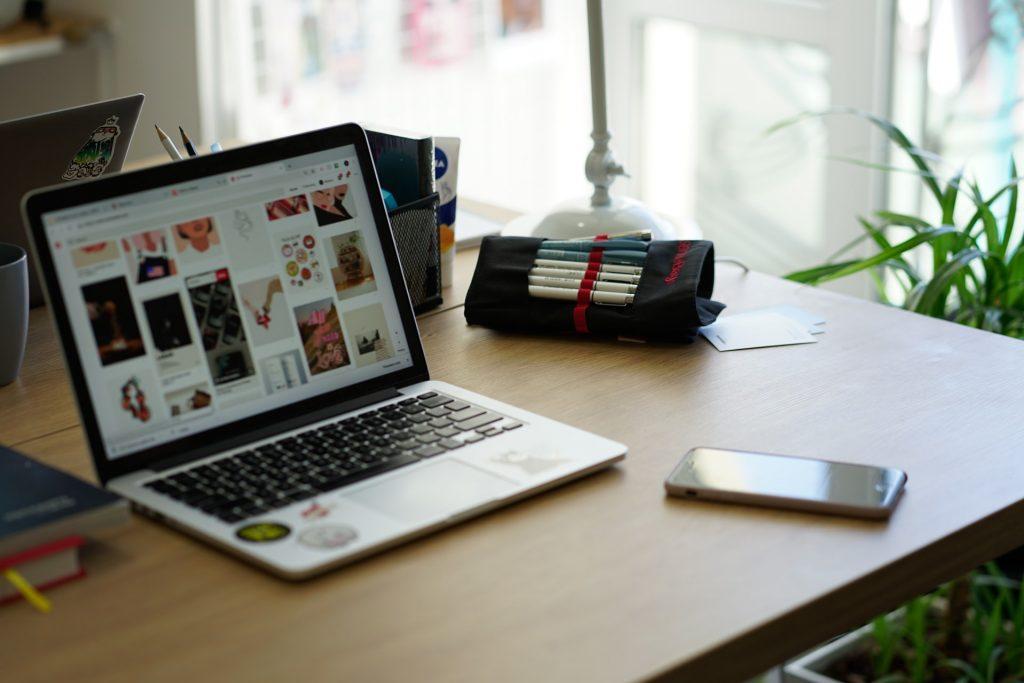 site ou redes sociais