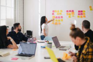 Marca autêntica: como criar e apresentar a essência da sua empresa por meio das ferramentas digitais?